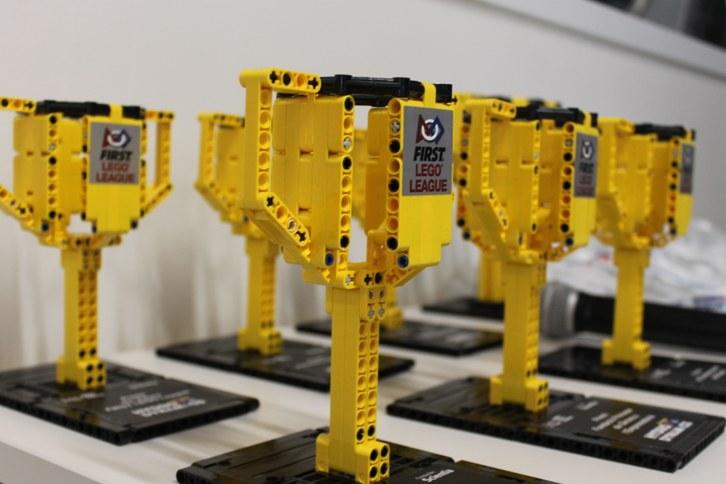 L'EEBE acull la FIRST LEGO League (FLL)